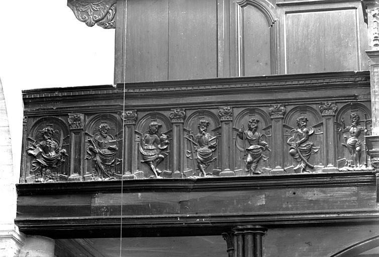 Tribune d'orgue, côté gauche