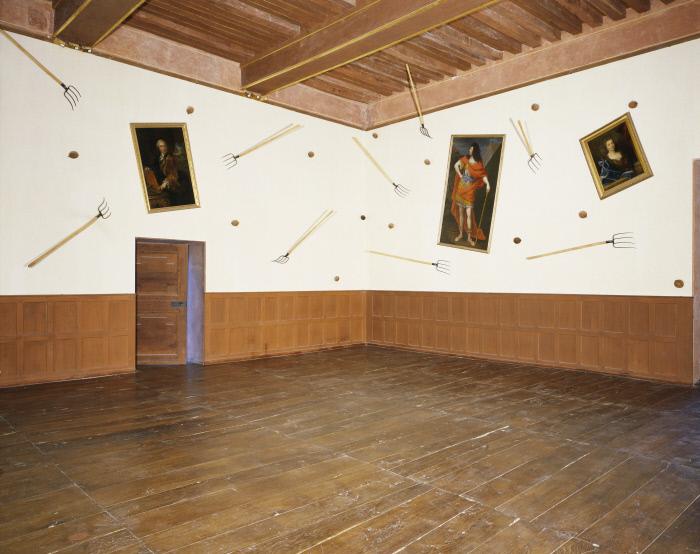 Tableaux ; fourches ; noix de coco : Triptychos post historicus ou la dernière bataille de Paolo Uccello