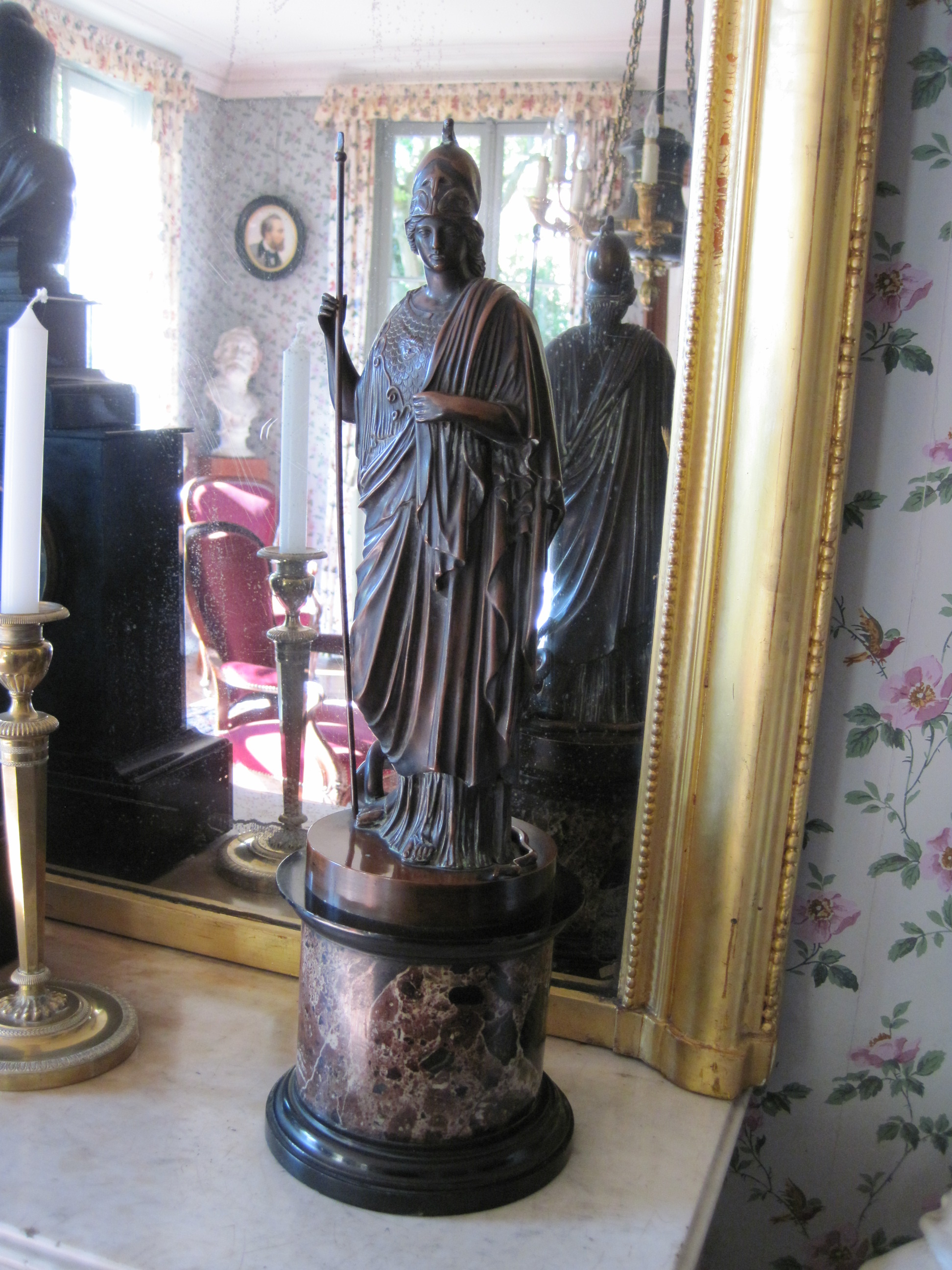 Statue : Minerve d'après l'antique