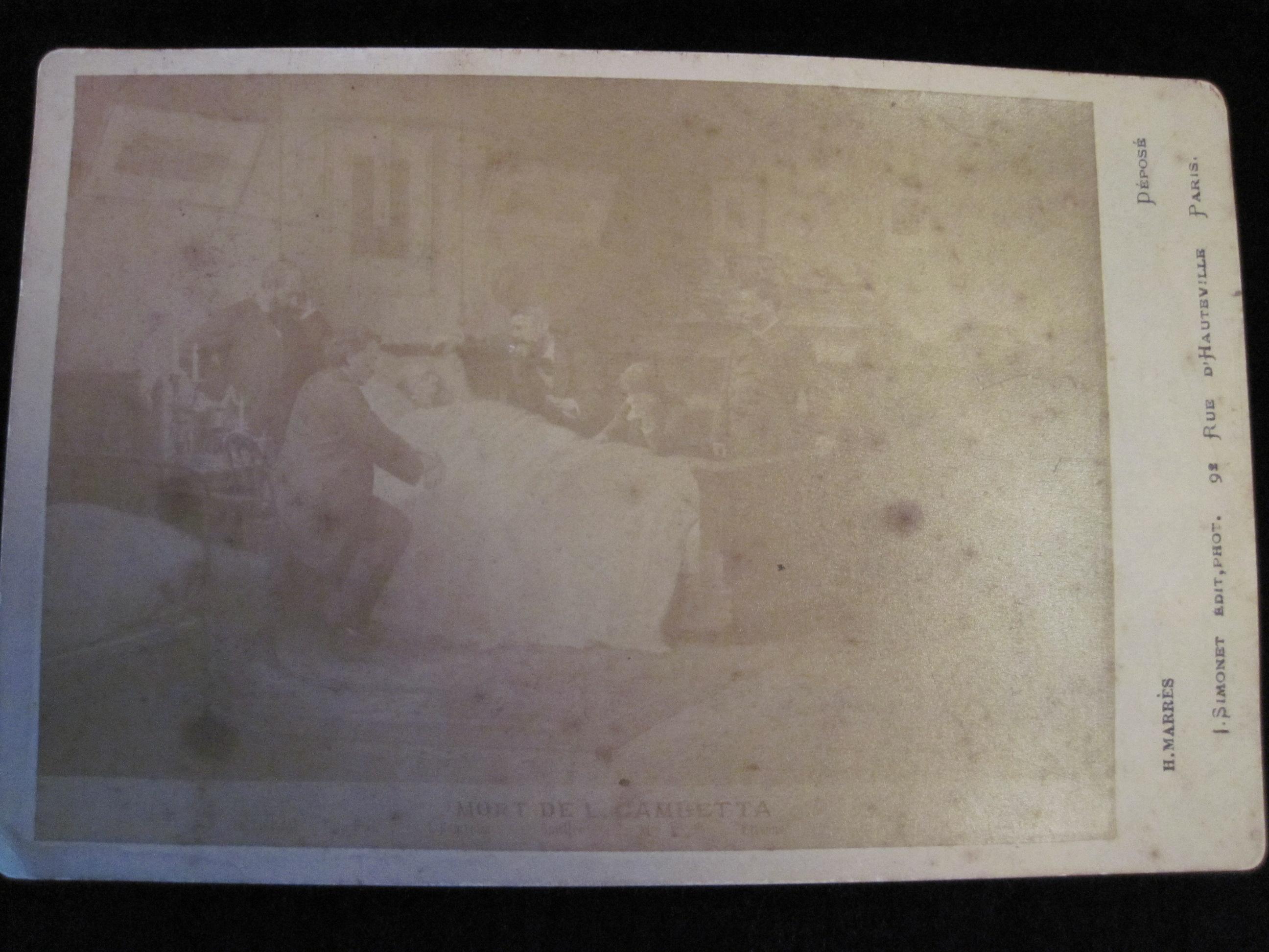 Photographie : Gambetta sur son lit de mort