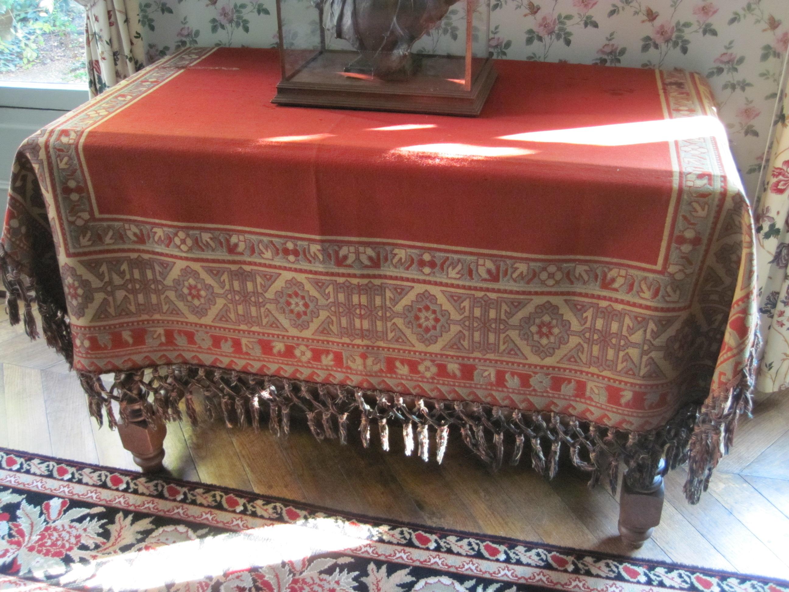 Tapis de table : tapis turc