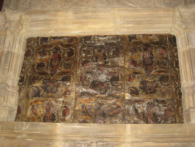 Devant d'autel transformé en garniture architecturale