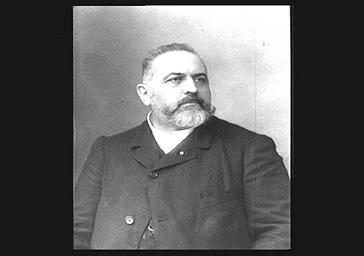 M. Crosti, Professeur au Conservatoire