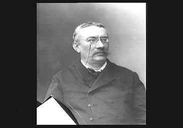 M. Anthionne, professeur de piano au Conservatoire