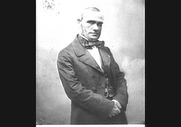 M. Paillard de Villeneuve, avocat