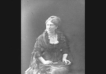 Juliette Lambert, épouse Adam, écrivain