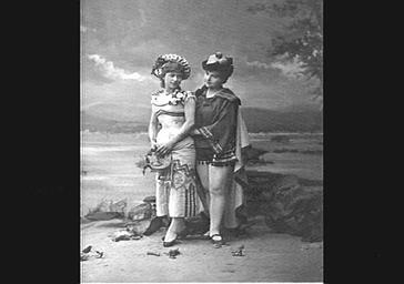 Reine Tonie et Mlle Norette,