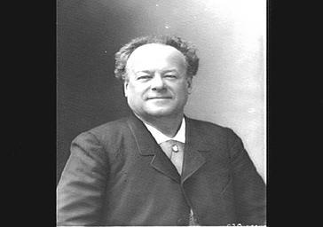Monsieur Berthelier du Théâtre des Nouveautés, en costume de ville.