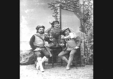 Mme Grisier Montbazon et MM. Lamy et Morlet, dans 'Gilette de Narbonne'