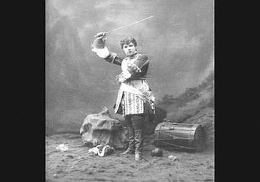 Jeanne Granier, travesti, dans 'Le Petit Duc'