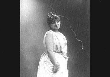 Mme Patoret, dans 'Plutus'