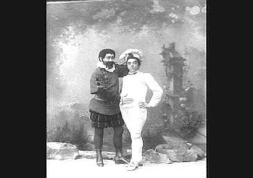 M. Vauthier et Lucien Fugère, Baryton, dans 'Le Petit Poucet'