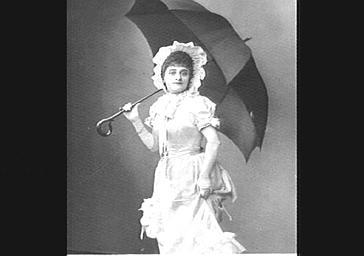 Mlle Gelabert, dans 'Le Petit Poucet'
