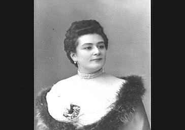 Mme Régine