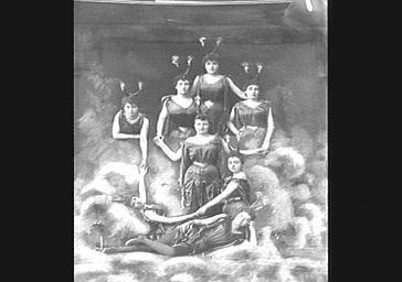 Groupe des diables, dans 'Les Marionnettes de l'année'