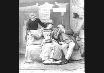 Armand Victorin, artiste de café-concert, Adolphe Belot, dramaturge, et Christine Berthier, dans 'Les Douze femmes de Japhet'