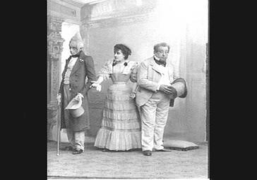 Mlle Same, MM. Riga et Vavasseur, dans 'Cliquette'