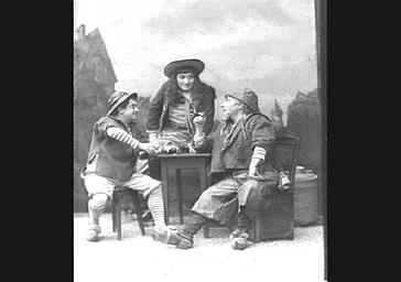 MM. Modot, Jacquin Lucien Fugère, dans 'Surcouf'
