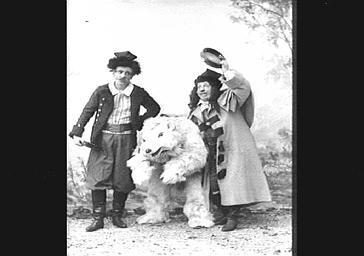 MM. Modot, Bienfait et Landrin, dans 'Le Troisième Hussards'