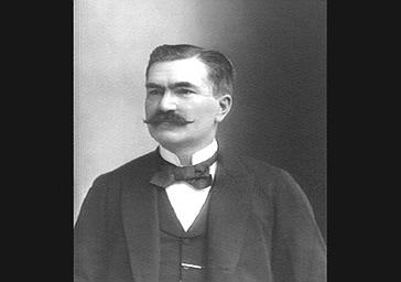 M. Mellet, professeur de cornet à piston au Conservatoire