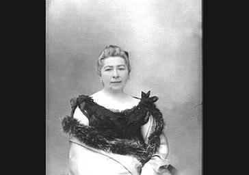 Mme Trouillebert, Professeur au Conservatoire