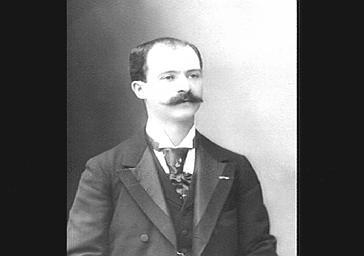 M. Berthelier, professeur de violon au Conservatoire