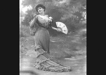 Mlle Degaby, dans 'Yvette'