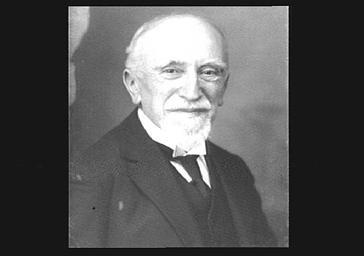 M. Lacour-Gayet, professeur d'université, membre de l'Institut