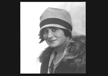 Mme Duchesne, pianiste