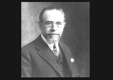 M. Quesada, ministre du Chili