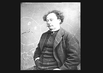 Alexandre Dumas Fils , mains dans les poches