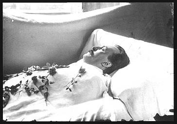 Gustave Doré, dessinateur et peintre, sur son lit de mort