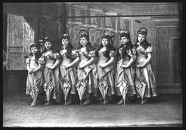 Groupe des filles de 'L'Ogre'