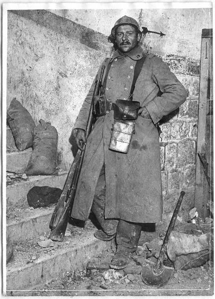 Soldat à l'entrée intérieure