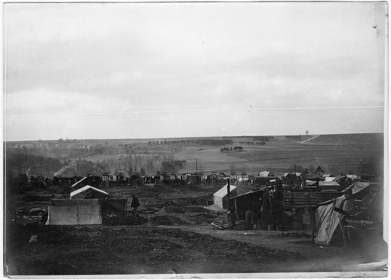 Route de Vaux-Varennes, vue panoramique d'un camp de grosse artillerie