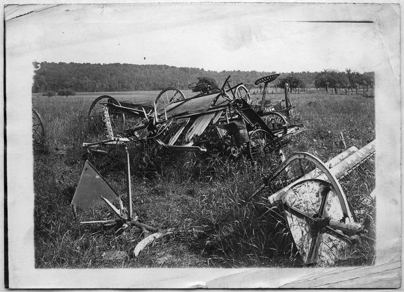Machines agricoles détruites par les Allemands