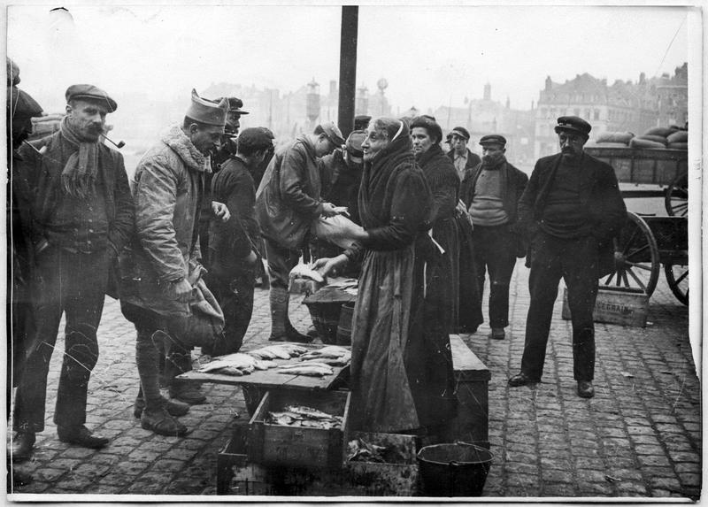 Les marchands de poissons : une clientèle de poilus