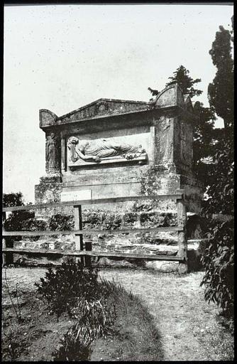 Ensemble funéraire dit Tombeau de Marie Joly