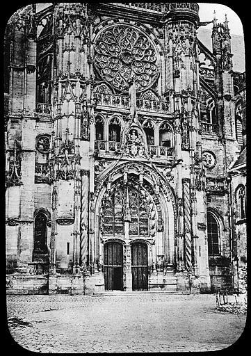 Ancienne cathédrale et son chapître