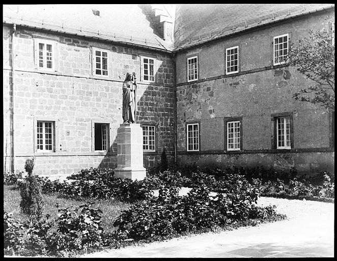 Monastère de Sainte-Odile, au Mont-Saint-Odile