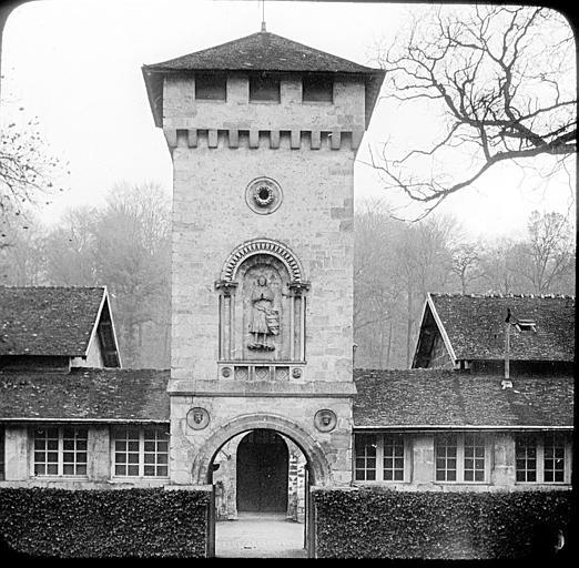 La tour des communs