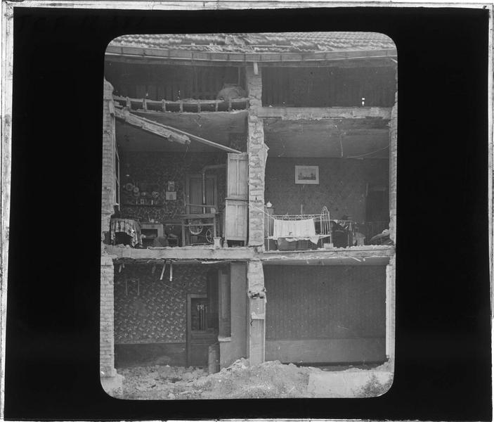 Maison détruite par les bombardements