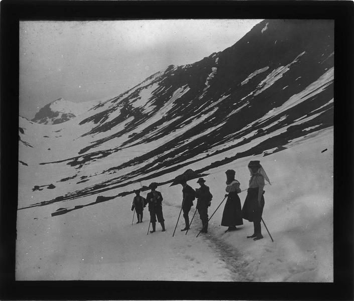 Alpes bernoises, paysage de montagne : Tschingelhorn et cordée