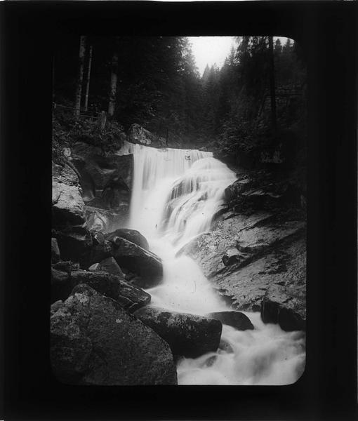 Cascade de la rivière Gutach au coeur de la Forêt Noire