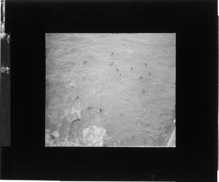 Nageurs vus en plongée