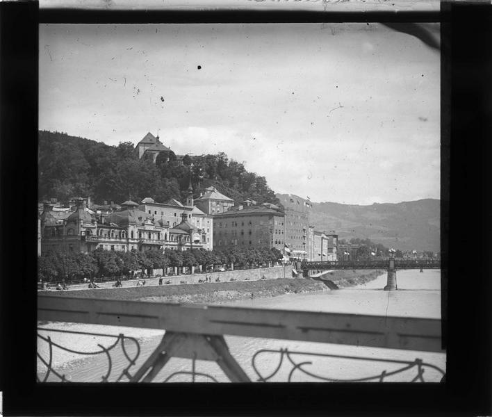 Ensemble depuis le pont Makartsteg