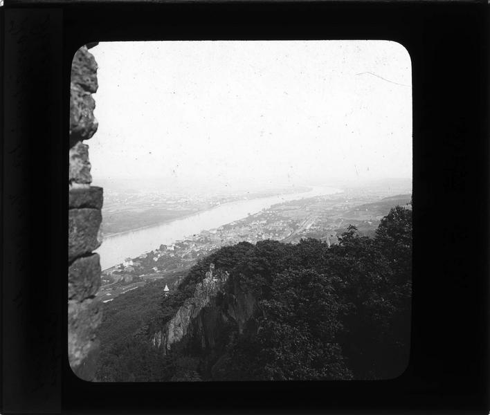 Panorama depuis les ruines de Drachenfels