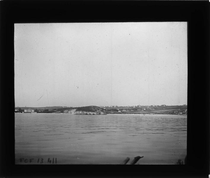 Baie de Morgat depuis le large