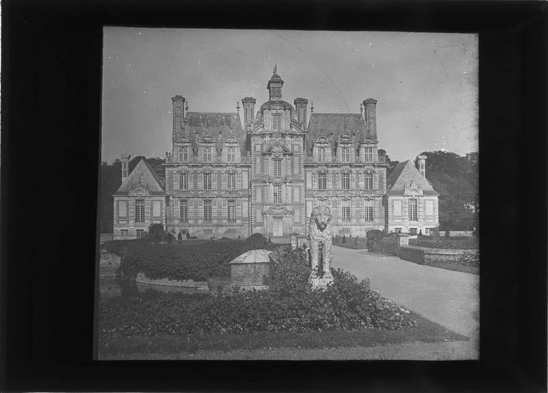 Château, façade ouest
