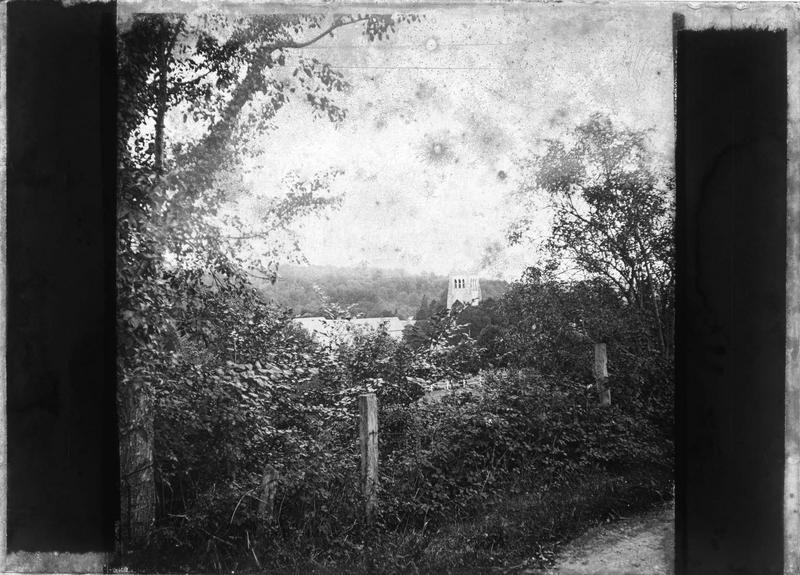 Sommet de la tour Saint-Nicolas depuis un chemin